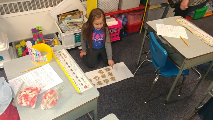 Counting by 10s to 100 for 100th day
